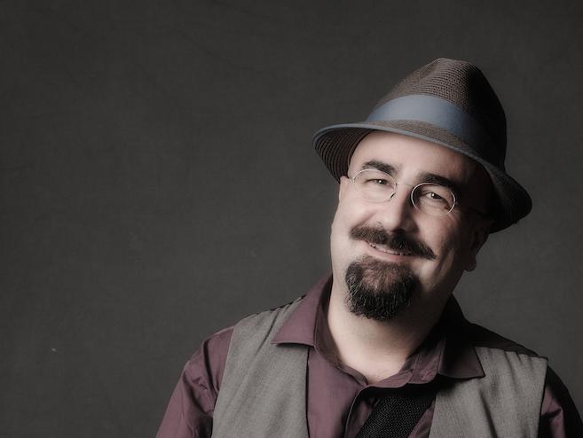 Oscar Perversa en Café Babel Torrelodones